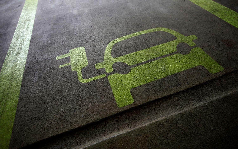 Dulkių siurblių gamintoja imsis elektromobilių gamybos