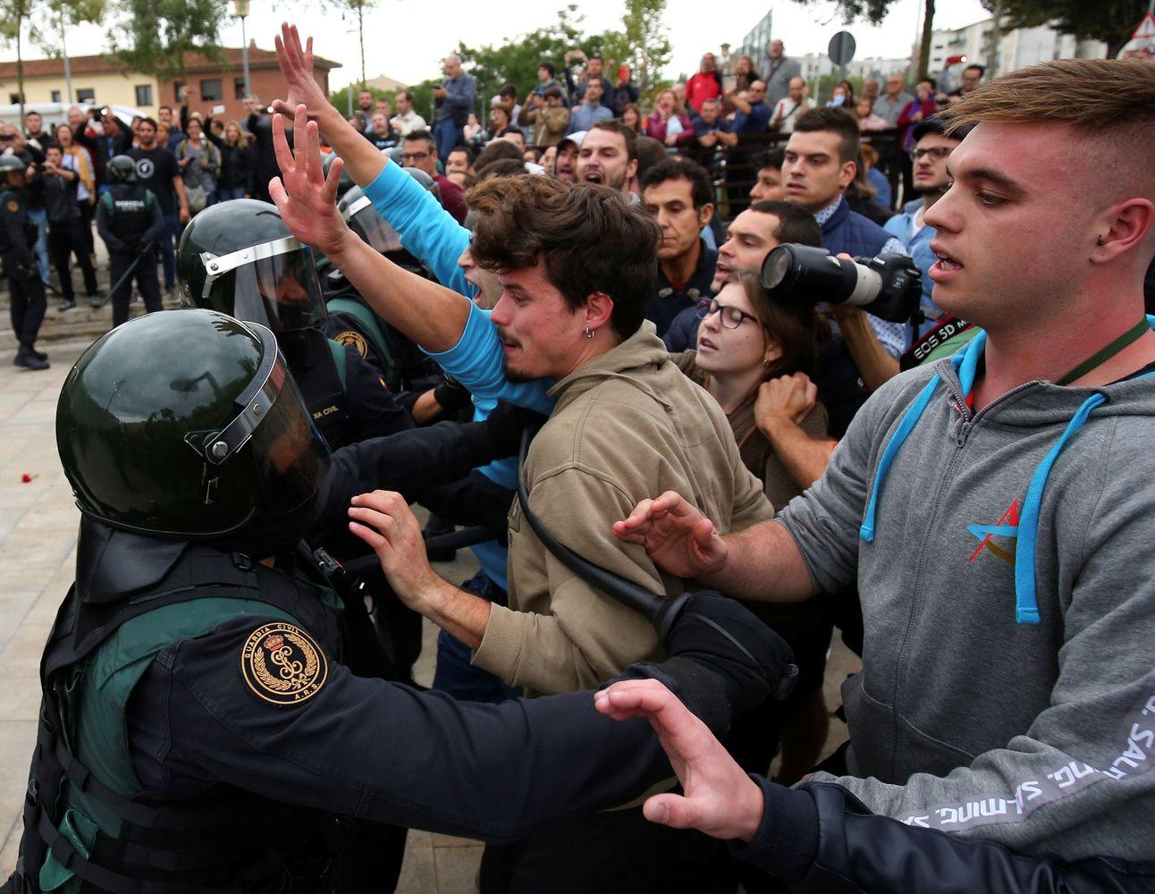Briuselisnereaguoja į Katalonijos įvykius, girdisi tik pavieniai pareiškimai