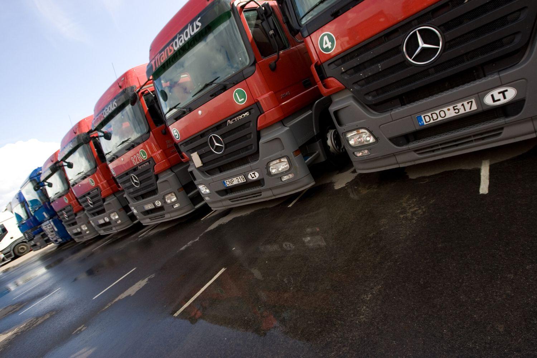 Vežėjai iš sunkvežimių gamintojų tikisi gauti apie 100 mlrd. Eur