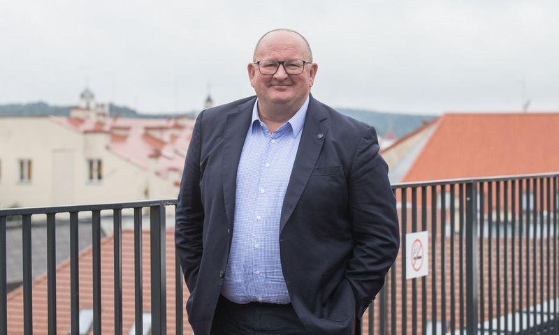 """Rogeris Hodgkissas, PZU valdybos narys ir """"Lietuvos draudimo"""" stebėtojų tarybos pirmininkas. Juditos Grigelytės (VŽ) nuotr."""