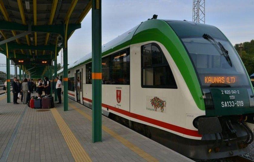 Traukinys iš Baltstogės stos ir Šeštokuose