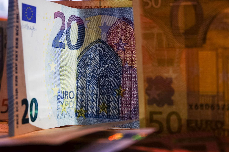 Euras pailso stiprėti – nežinomybė dėl Ispanijos ir Vokietijos nieko gero nežada