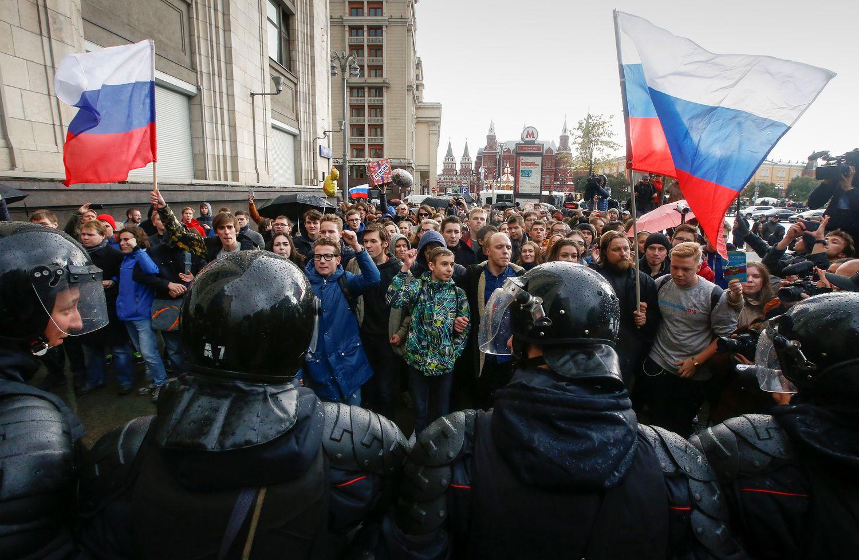 Per Navalno bendražygių mitingus Rusijoje sulaikyti keli šimtai protestuotojų