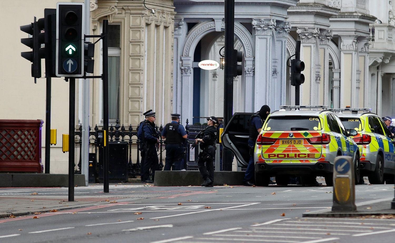 Avarija Londone, kurios metu sužeisti pėstieji, nesiejama su teroristiniu išpuoliu