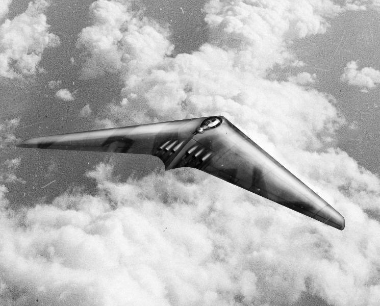 """""""Iliustruotoji istorija"""": amerikiečiai nustebo radę Hitlerio """"skraidančius sparnus"""""""