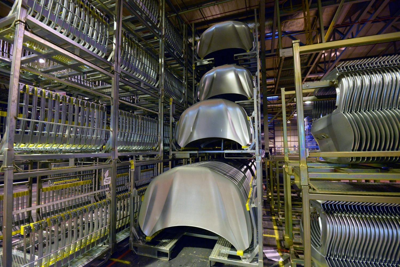 """""""Kobe Steel"""" metalo tiekimo skandale – apie 200 kompanijų"""