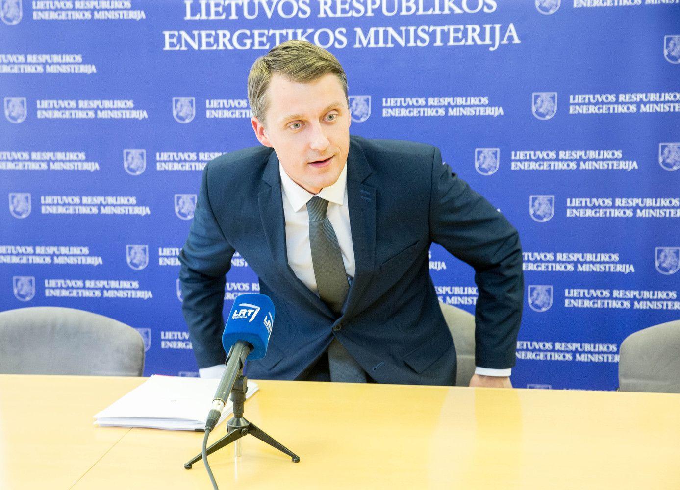Ūkio ministro portfelis laikinai atiteks energetikos ministrui