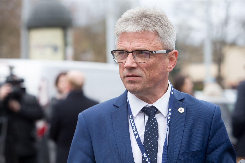 """""""Linavos"""" prezidentas skeptiškai vertina planą didinti degalų akcizą"""