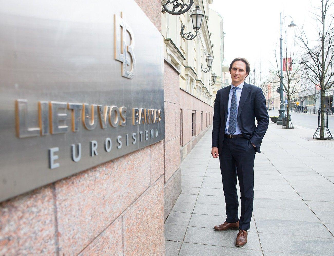 Lietuvos bankas: prižiūrimi dalyviai neturėtų verstis su virtualiomis valiutomis susijusia veikla