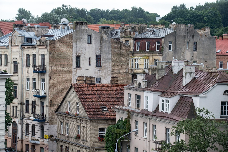 Daugiausiaibrango nauji namai Vilniuje, olabiausiai pigo seni
