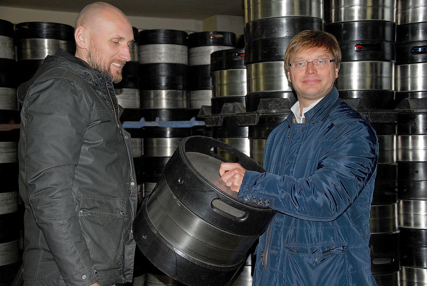 Net ir brokuotas alaus statines išnaudoja pardavimams didinti