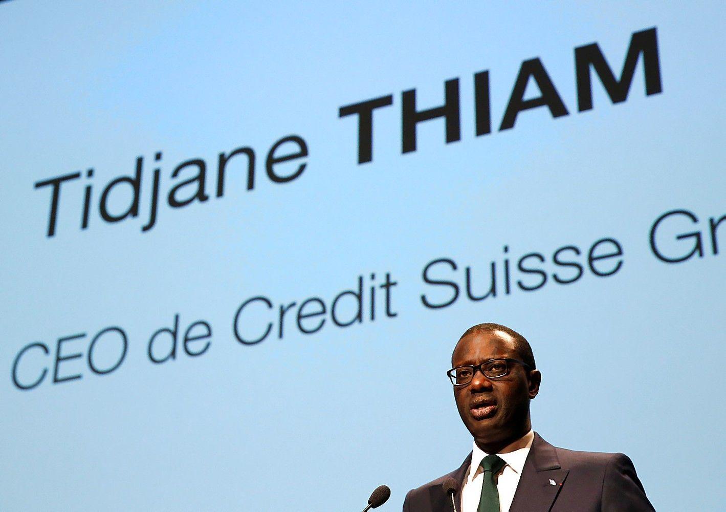 """Investuotojai aktyvistai nori perskelti """"Credit Suisse"""""""