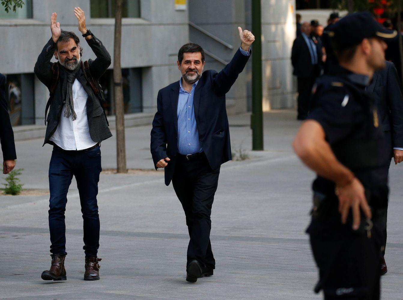 Įkalinti du Katalonijos nepriklausomybės siekiančių organizacijų lyderiai
