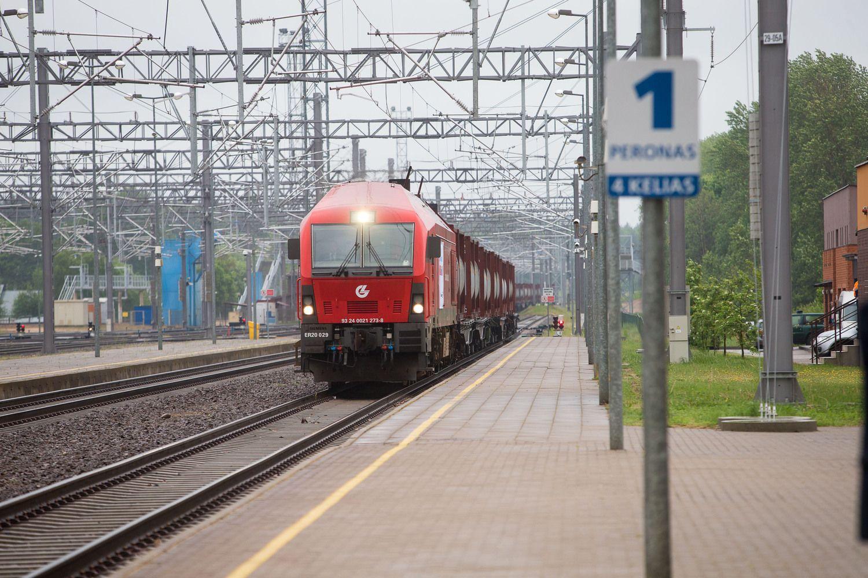 """""""Lietuvos geležinkeliai"""" Europos Komisijos baudą skųs teismui"""