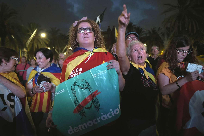 Ispanija jau skaičiuoja Katalonijos noro atsiskirti kainą ūkiui