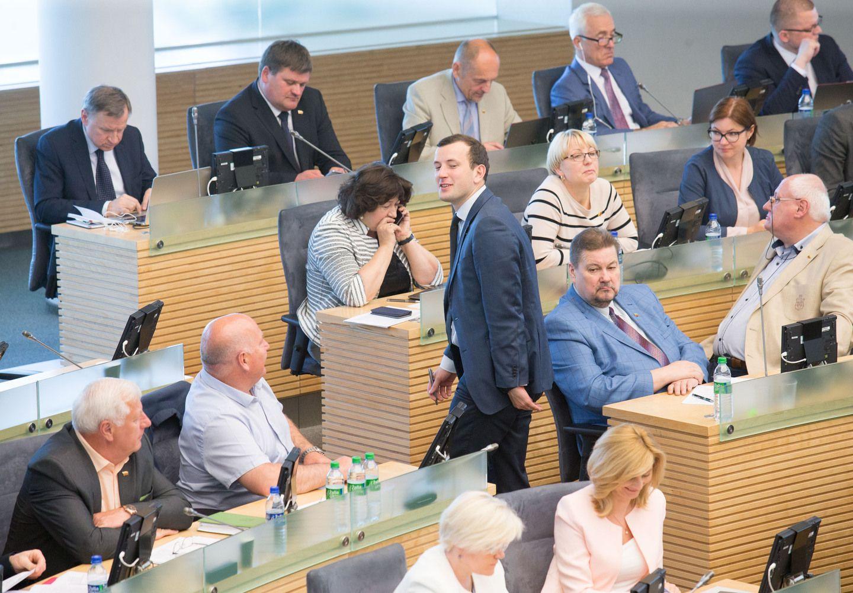 2018 m. biudžeto svarstymai persikėlė į Seimą