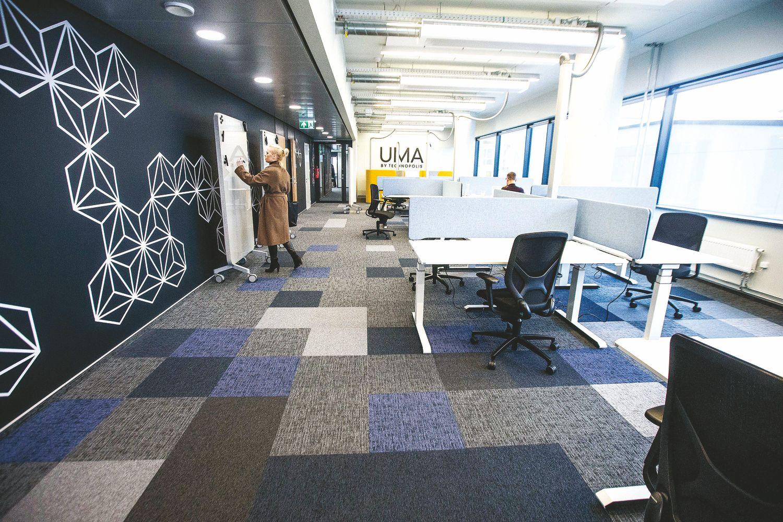 Įtarumą keičia būtinybė: biurų statytojai kuria bendradarbystės erdves