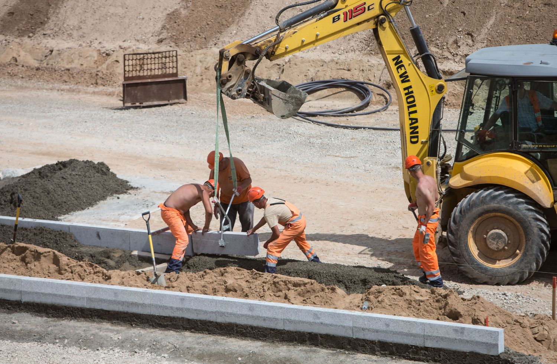 Prievaizdams įtartina didžiųjų statybininkų partnerystė