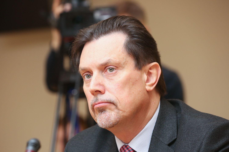Ministerija kreipėsi į Seimo pirmininką dėl V.Juozapaičio