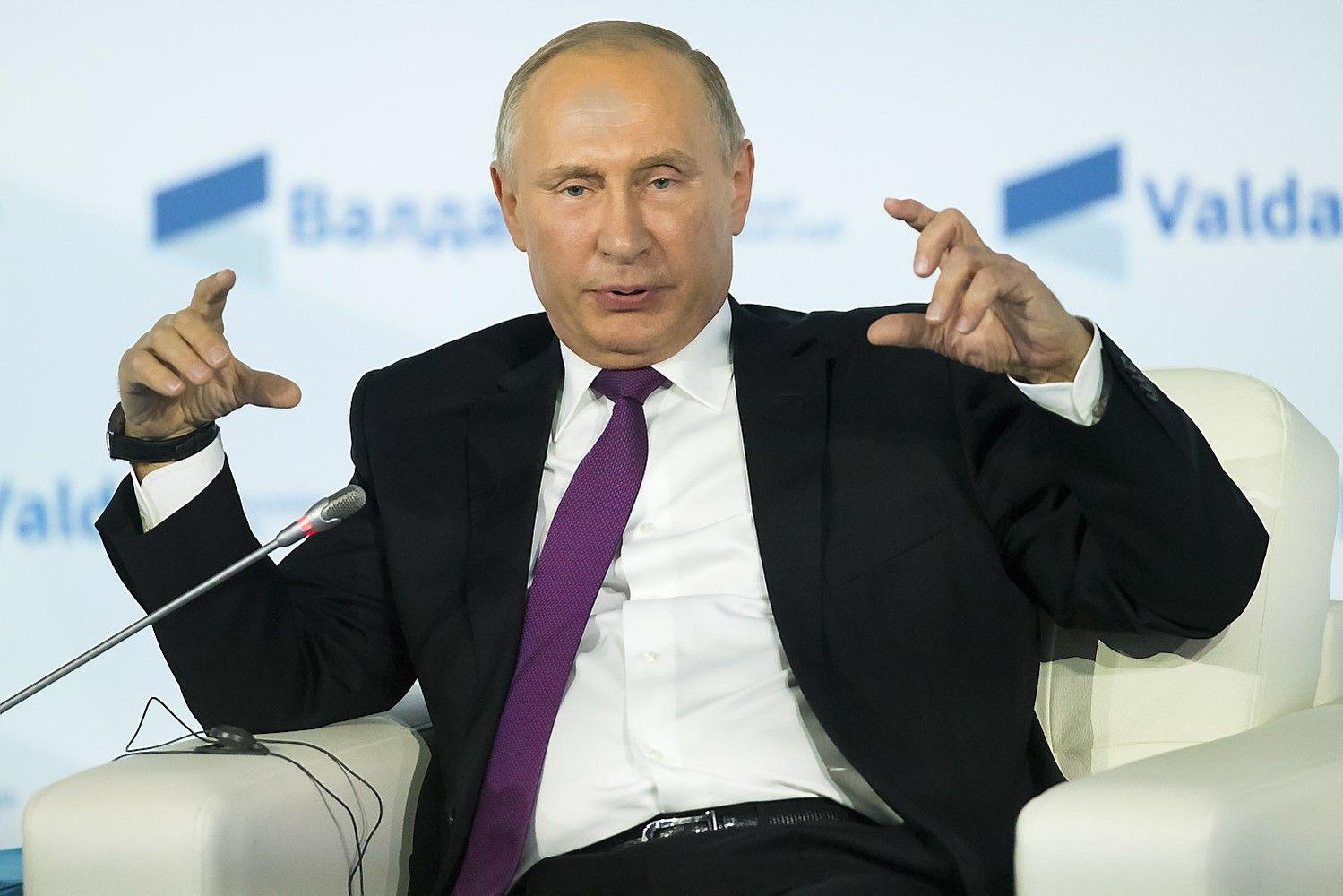 Putinas apkaltino Vakarų pasaulį išdavyste, neatskleidė ar dalyvaus rinkimuose