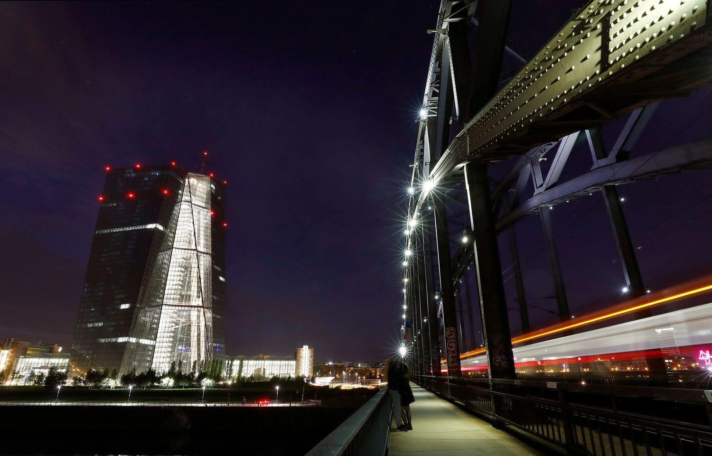 Šios savaitės intriga Frankfurte: ar bus prabilta apie griežtinimą