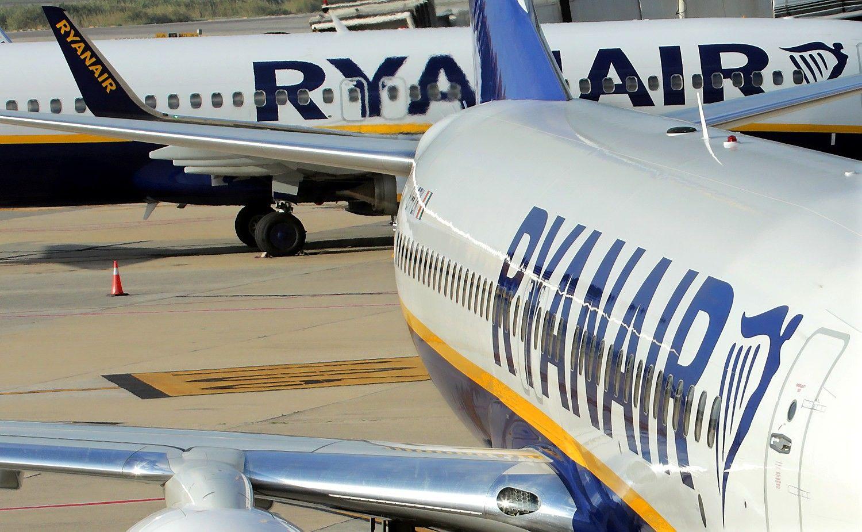 """""""Ryanair"""" atideda bagažo politikos pokyčius"""