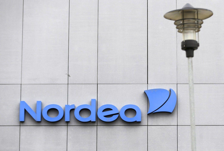 """""""Nordea"""" atleis bent 6.000 darbuotojų"""