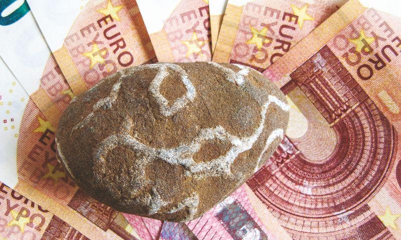 Bankai nurodo, kad dažniausios priežastys, kodėl įmonės nesulaukia teigiamo finansavimo sprendimo, – silpna finansinė padėtis, aukštas skolos lygis, teisiniai ginčai, veiklos skaidrumo ir nuosavų projekto įgyvendinimui skirtų lėšų trūkumas.  Juditos Grigelytės Vladimiro Ivanovo nuotr.