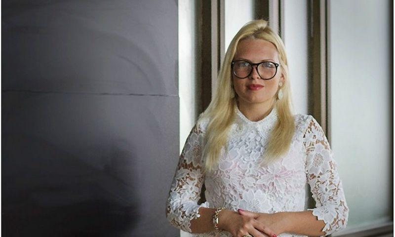 Dorota Dovda – kalbų mokytoja internete.