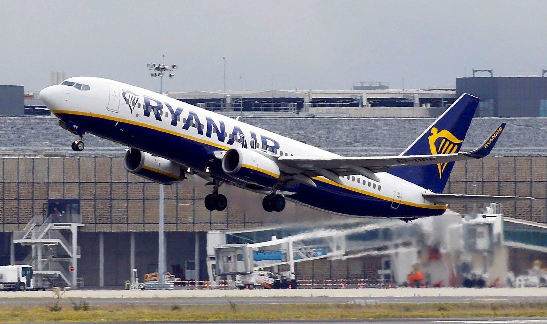 """Atšaukti skrydžiai žymios įtakos """"Ryanair""""pelnui neturėjo"""