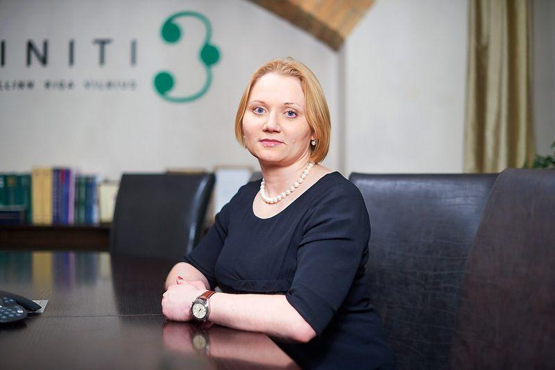 """Vilija Viešūnaitė, advokatų profesinės bendrijos """"Triniti"""" advokatė ir partnerė, teigia, kad pirmiausia būtina įsitikinti, jog prekių ženklas yra tinkamai registruotas ir būsite vienintelis prekių ženklo savininkas."""