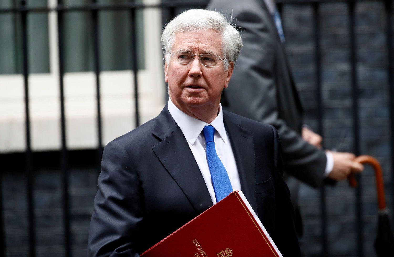 Atsistatydino JK gynybos sekretorius