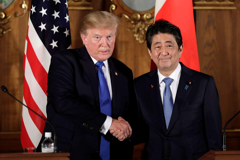Trumpas Japonijoje: aljansas prieš Šiaurės Korėją ir raginimai mažinti prekybos disbalansą
