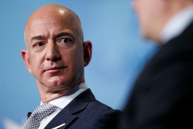 "Jeffas Bezosas, ""Amazon"" generalinis direktorius. Joshua Robertso (""Reuters"") nuotr."