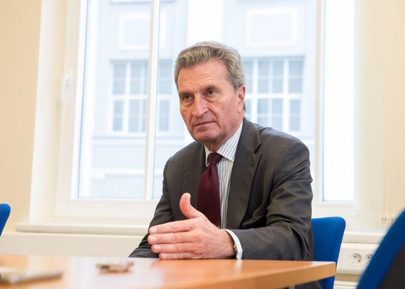 Už biudžetą ir žmogiškuosius išteklius atsakingas Europos Komisijos narys Guntheris Oettingeris. Juditos Grigelytės (VŽ) nuotr.