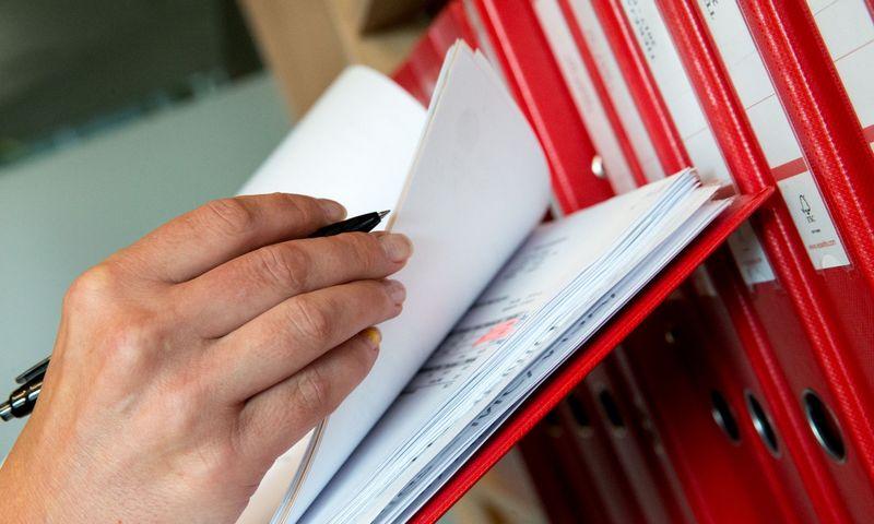 """""""Swedbank"""" užsakymu atlikta SVV įmonių apklausa parodė, kad apie 60% respondentų apskaitai naudoja lietuviškas programas, 17% – """"Microsoft Excel"""" ar panašias, o likusi dalis apskaitos operacijas atlieka rankomis. Juditos Grigelytės (VŽ) nuotr."""