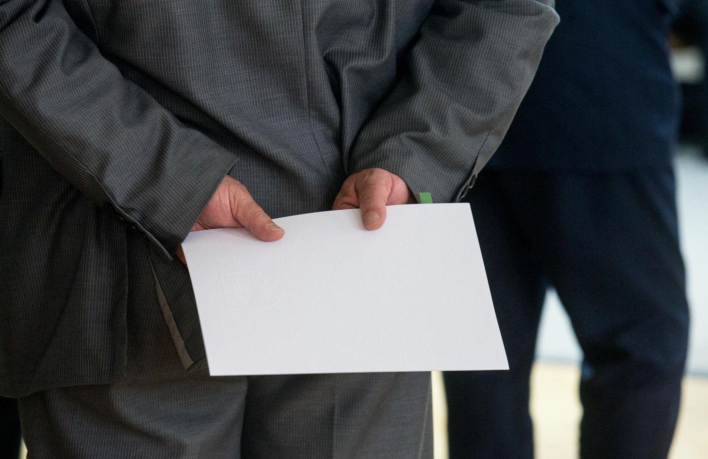 Bendrovių valdymo ataskaitoje reikės nurodyti ir atlyginimus