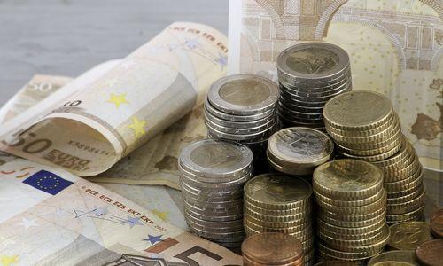 Seimas konstatavo – 2016 m. viešieji finansai jau buvo pertekliniai