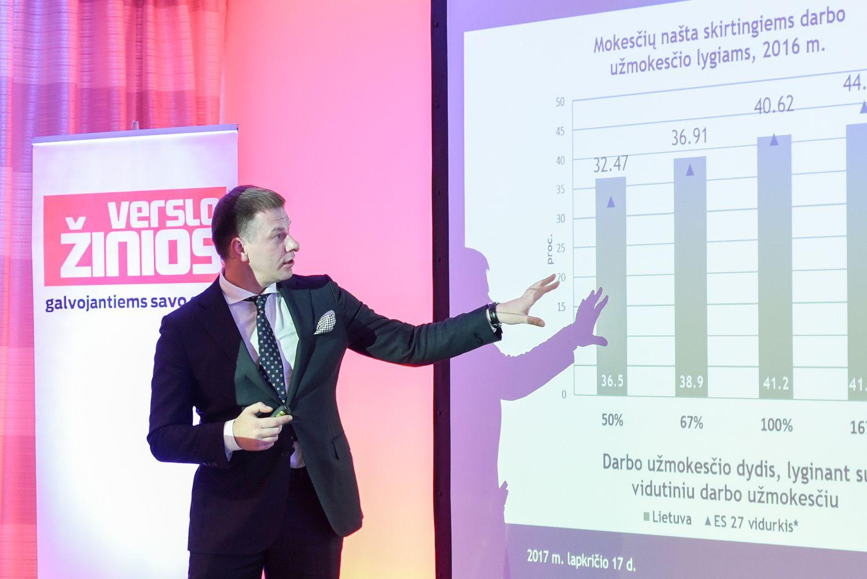 V. Šapoka: darbo jėgos apmokestinimą mažiname ir dar mažinsime