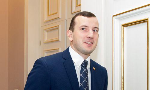 Pareigas pradėjo eiti jauniausias ministrų kabineto narys