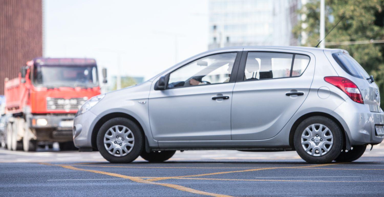 EK griežtina prekybos automobiliais kontrolę ir kovą su PVM grobstytojais
