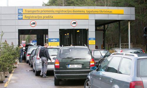 """""""Regitra"""" įspėja: iš Vokietijos plūsta atliekomis pripažinti automobiliai"""