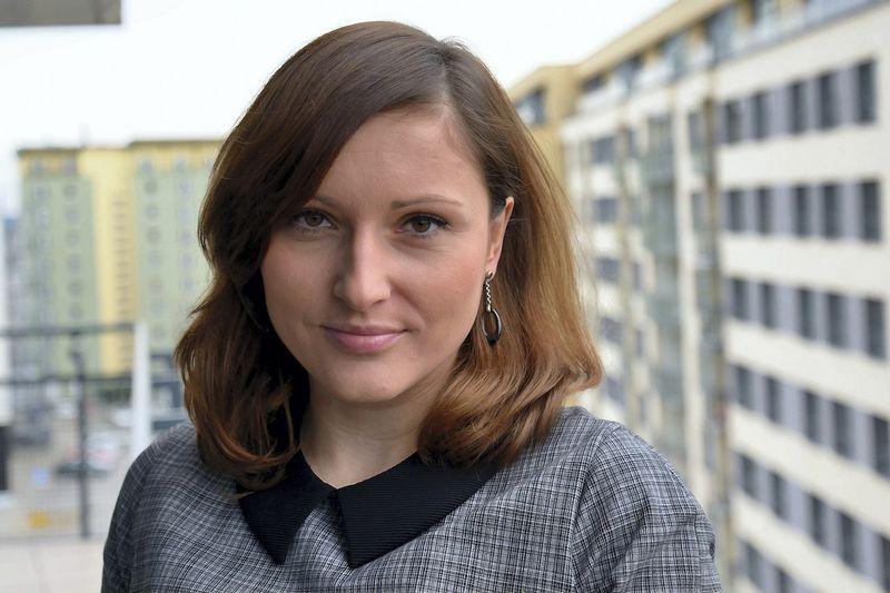 """Daina Senapėdienė, """"CEE Attorneys"""" vadovaujanti partnerė Vilniaus ir Rygos biuruose: """"Apklausa rodo, jog trečdalis klientų nori, kad teisininkų kontoros turėtų ne tik teisininkų, bet ir platesnių kompetencijų specialistų, galinčių konsultuoti rinkos, komercijos ir kitais neteisiniais klausimais."""""""