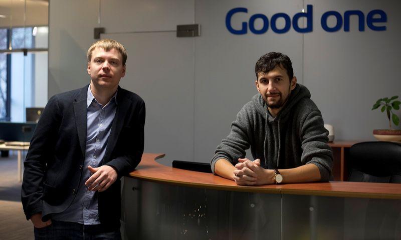 """""""Good one"""" agentūros vadovai Tomas Varnas (dešinėje) ir Karolis Sukackas. Bendrovės nuotr."""