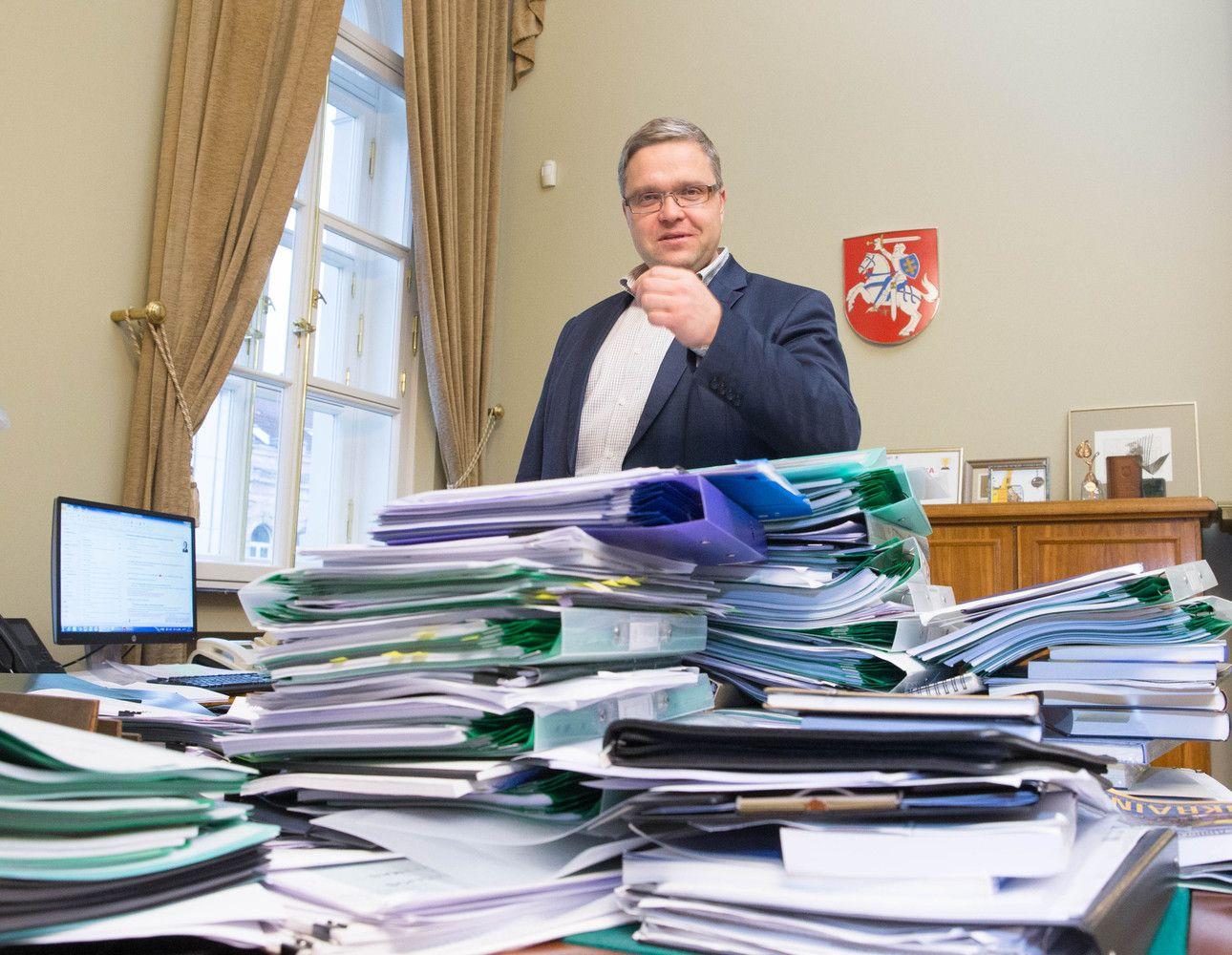 """V.Vasiliauskas: mokesčių reforma be pensijų reformos """"neskrenda"""""""