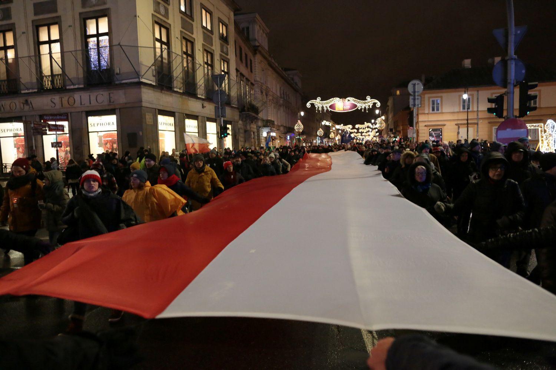ES ruošia sankcijas Lenkijai