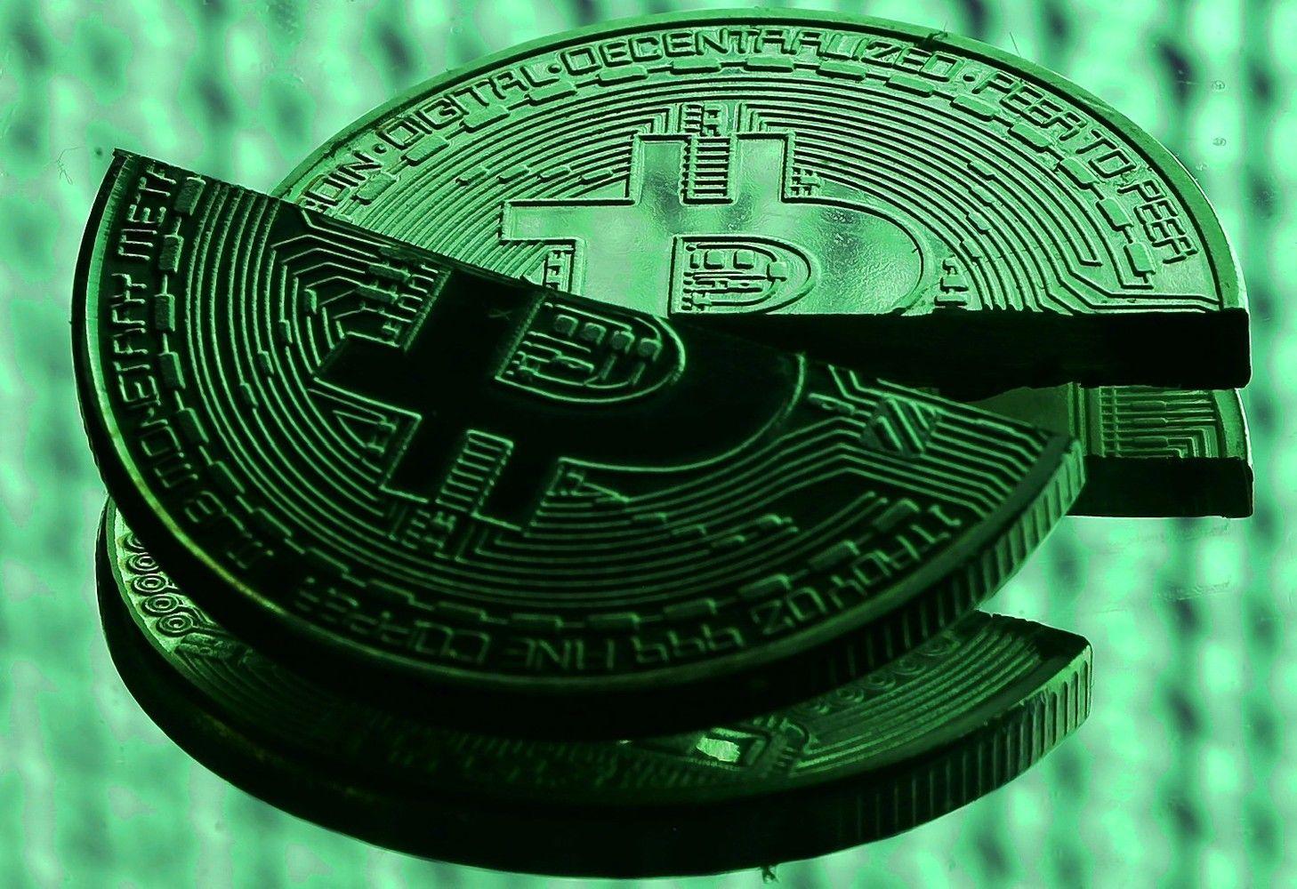 Kaip bitkoinas Kalėdas vogė – kritimas siekia 40%