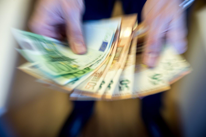 """""""Invega"""" pernai verslui paskolino 7% daugiau"""