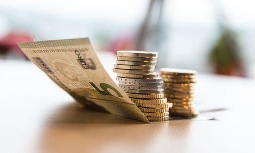 Gausėja progresinių mokesčių variantų – radosi trečias, bus daugiau