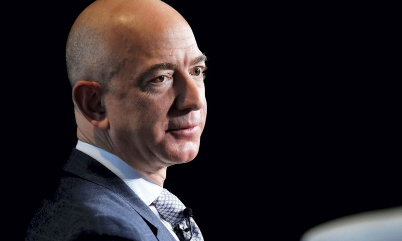 "Jeffas Bezosas, ""Amazon"" įkūrėjas. Joshua Roberts (""Reuters"" / ""Scanpix"") nuotr."